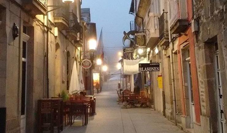 Sarria los ltimos 111 km del camino de santiago for Ruta del mueble sarria